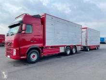 Camión remolque remolque ganadero Volvo FH16
