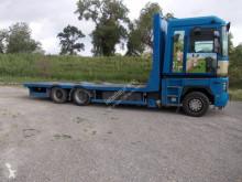 Camión remolque caja abierta transporta paja Renault Magnum 480