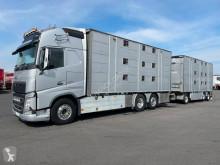 Volvo FH Lastzug gebrauchter Tiertransportanhänger