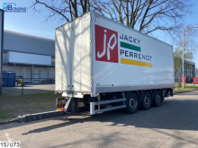 Aanhanger bakwagen Middenas Through loading system