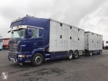 Autotreno Scania R 580 rimorchio per bestiame usato
