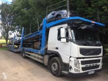 Lastbil med släp biltransport Volvo FM13 460