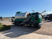 Camión remolque cisterna de alquitrán Renault D-Series 320.12 DTI 8