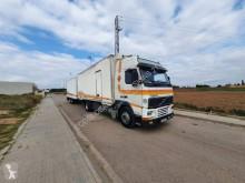 Camion remorque fourgon Volvo FH12 380