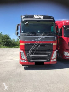 View images Volvo FH 460 Globetrotter trailer truck
