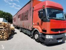 Voir les photos Camion remorque Renault Premium