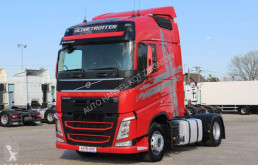 ensemble routier Volvo