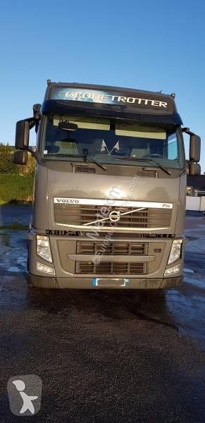 Voir les photos Ensemble routier Volvo FH 460 Globetrotter