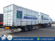 ensemble routier porte containers Fruehauf