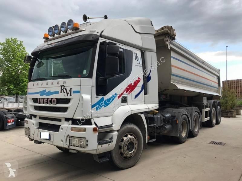 Voir les photos Ensemble routier Iveco Trakker AT 720 T 50