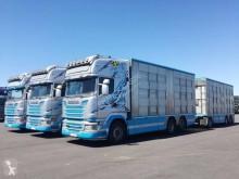 Scania R 580 Sattelzug gebrauchter Tiertransportanhänger