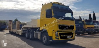 Ensemble routier porte engins Volvo FH16