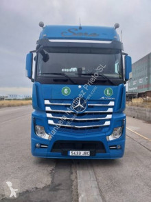 Mercedes Actros 1851 tractor-trailer used refrigerated