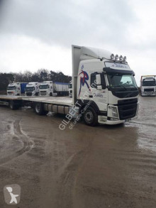 Volvo FM tractor-trailer used straw carrier flatbed