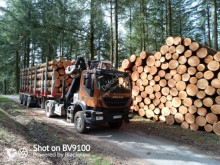Iveco Trakker tractor-trailer used timber