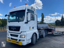 Autoarticolato trasporto macchinari MAN TGX 33.540