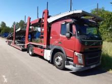 شاحنة مفصلية حاملة سيارات Volvo FM