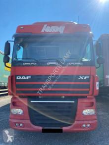 Tractora semi lonas deslizantes (PLFD) DAF XF105 410