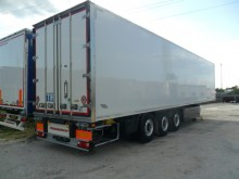 New refrigerated semi-trailer Kässbohrer SRI