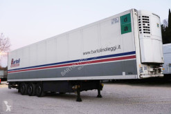 Schmitz Cargobull半挂车 SEMIRIMORCHIO, FRIGORIFERO, 3 assi
