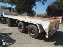 Used flatbed semi-trailer Fruehauf
