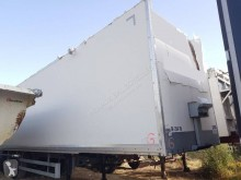 Samro semi-trailer damaged box