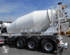 De Buf concrete semi-trailer
