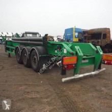 Damaged chassis semi-trailer Spitzer S27DS
