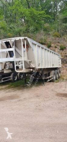 trailer bouwkipper Benalu