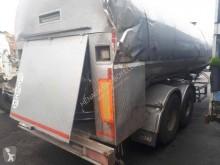Magyar 33EFLS semi-trailer damaged tanker