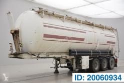 Semi remorque citerne Benalu Bulk silo 46000 liter