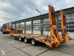 Moeslein heavy equipment transport semi-trailer Semi-Dieplader | 3x SAF | Ramps | APK
