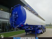 Náves cisterna Welgro 97WSL43-32 Mengvoeder