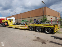Goldhofer heavy equipment transport semi-trailer STZ-VL-3-32/82