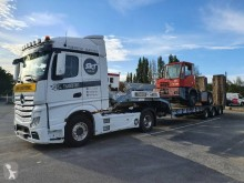 Castera heavy equipment transport semi-trailer