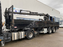 Robust flatbed semi-trailer HIAB 150R F-3