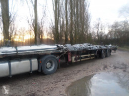 Fruehauf PLSC semi-trailer damaged tautliner