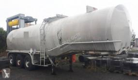 Fruehauf powder tanker semi-trailer 25000 Litres