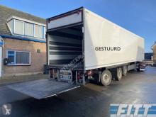 Schmitz Cargobull gestuurde geisoleerde oplegger met 3T achterklep semi-trailer used