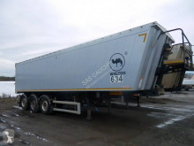 Wielton 3 Essieux semi-trailer used cereal tipper