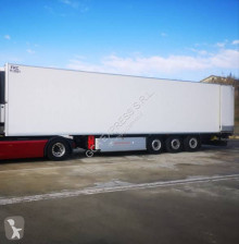 Kögel multi temperature refrigerated semi-trailer