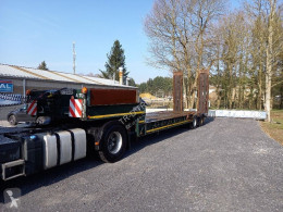 Heavy equipment transport semi-trailer dieplader met verbreders en bladgeveerd