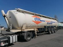 Semirremolque Spitzer S2400K cisterna gránulos / polvo usado