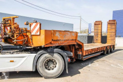 Trax PORTE ENGIN+RAMPES HYDR.+TREUIL semi-trailer used heavy equipment transport