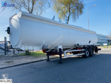 Sættevogn Magyar Fuel 39140 liter, 9 Compartments citerne skadet