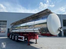LAG chemical tanker semi-trailer Chemietank-Drucktank-L4BH-21.0 Liter- isoliert