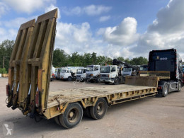 ACTM S322 extensible semi-trailer used heavy equipment transport