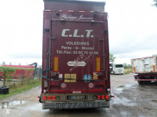 Полуремарке камион за превоз на едър рогат добитък Pezzaioli SBA32