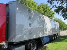 Félpótkocsi Cuppers LVO 12-27 használt szarvasmarha-szállító
