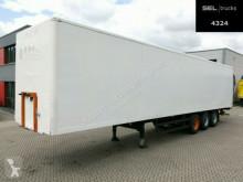 Spier box semi-trailer